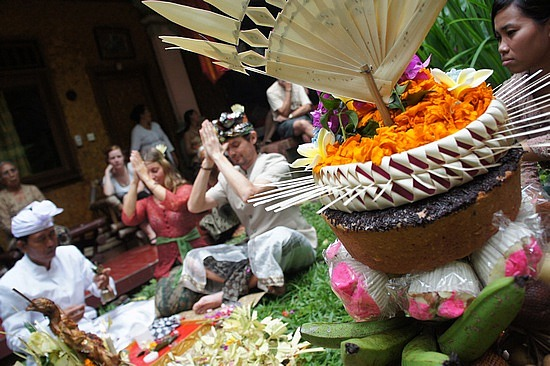Crazy wedding traditions from around the world
