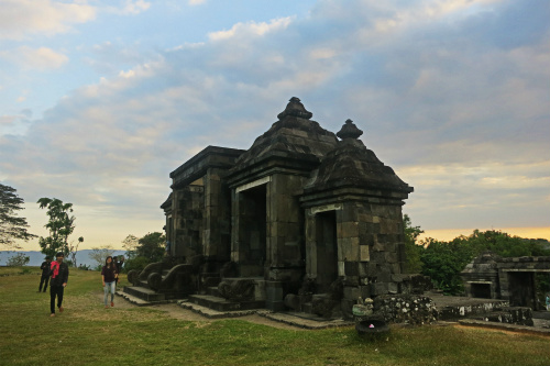 beautiful spot for sunset in yogyakarta