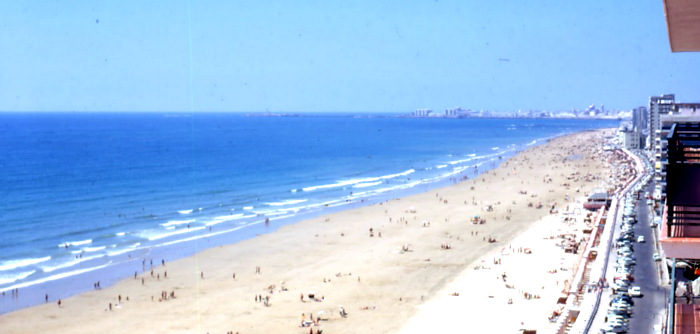 Cadiz and Its Beaches - A Travellers Journey : A ...